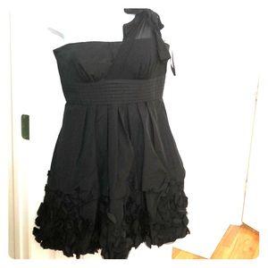 BCBGMAXAZRIA BLACK RUFFLE DRESS WEDDING mini 8 M